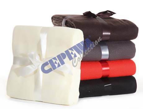 Fleece- Decke,<br> uni, 5-fach<br> sortiert, ca. ...